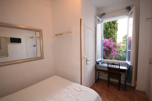 800-room7maina